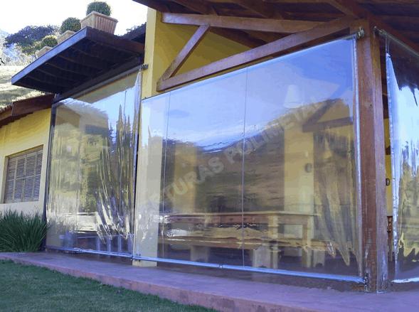 modelo de Toldo Retrátil transparente