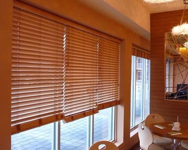 persiana grande de madeira 1