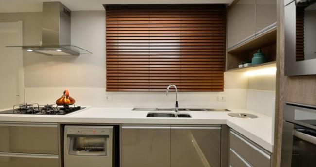 persiana para cozinha marrom