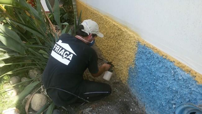 como pintar muro chapiscado