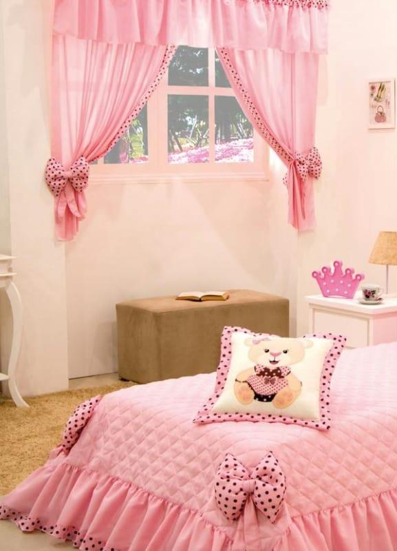 cortina de quarto infantil em rosa e marrom
