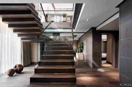 escada moderna em granito marrom