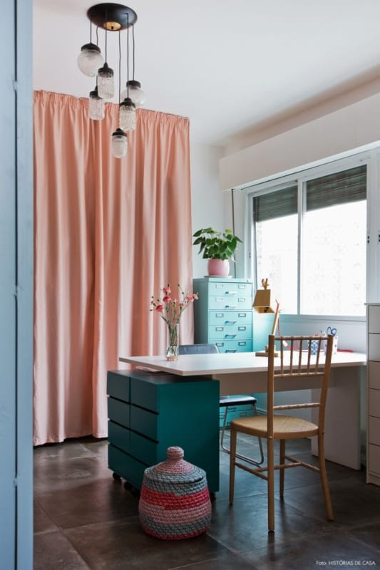 decoração vintage com cortina rosê
