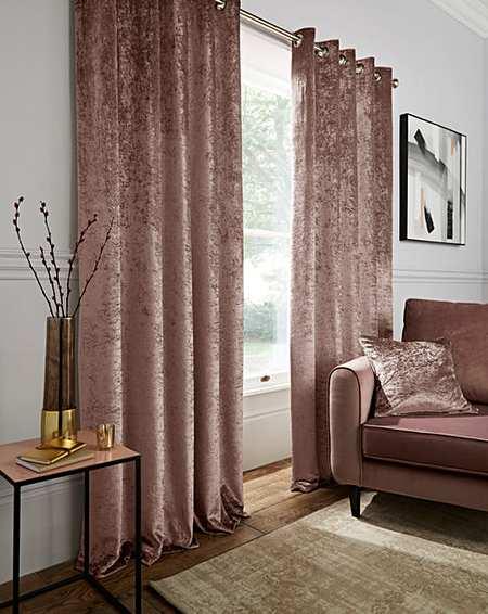 sala com cortina rosé gold
