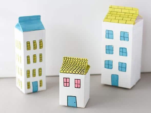 Casas e prédios de caixa de leite