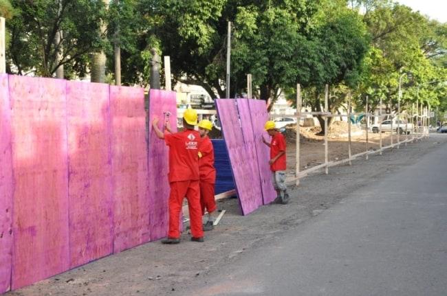 Madeirite para obras de curto prazo pode ser vantajoso pelo baixo custo