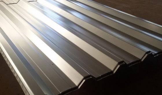 Telha de alumínio são leves e de fácil transporte