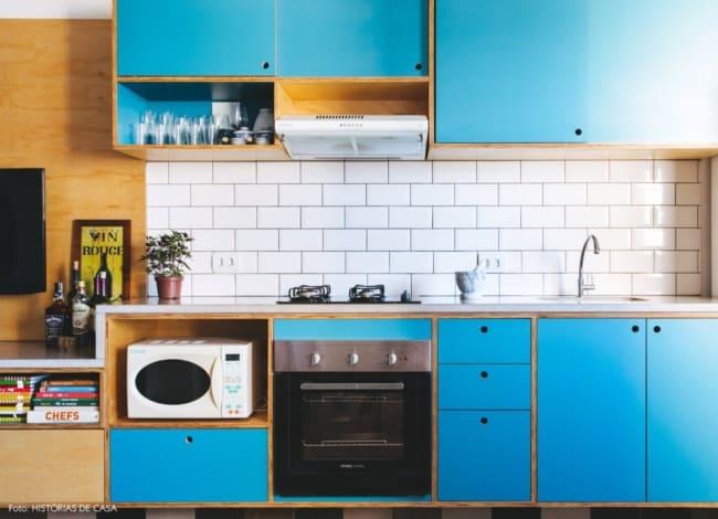 cozinha azul em compensado naval