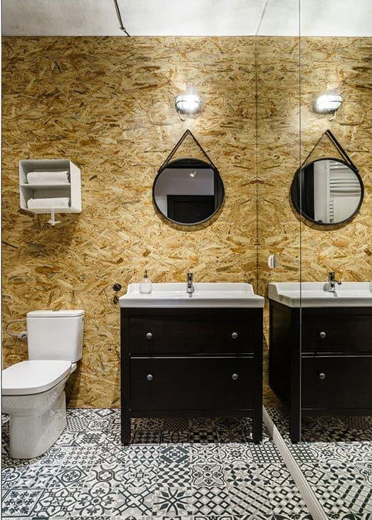 OSB na decoracao de parede de banheiro