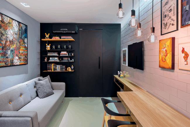 Apartamento decorado com moveis planejados sao otimas opcoes para pequenos espacos