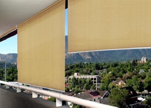 Toldo cortina na varanda dao um charme ao local