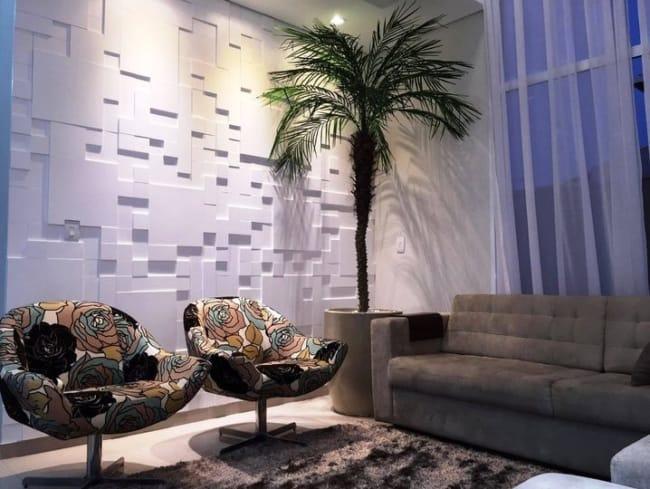 sala com palmeira na decoracao