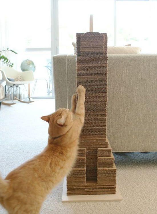 arranhador para gatos caseiro 2