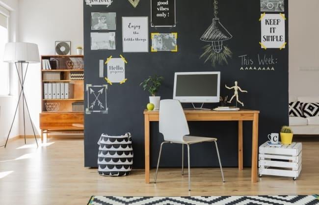 escritorio com parede lousa 23