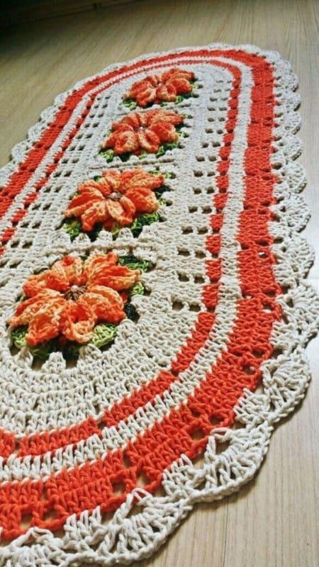 tapete de flores feito de croche 10