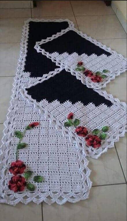 tapete de flores feito de croche 12