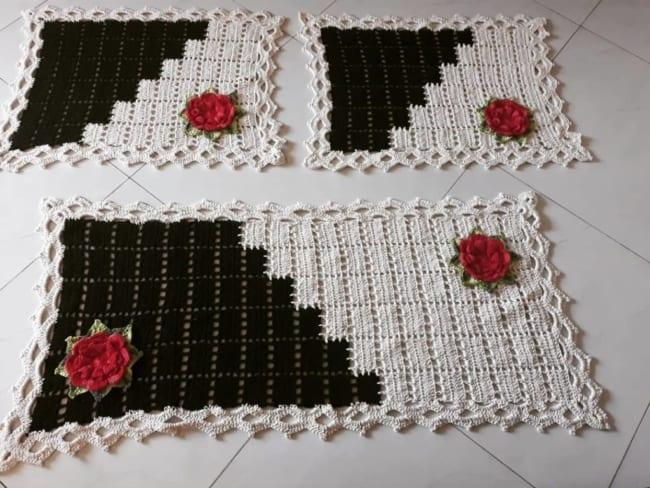 tapete de flores feito de croche 14