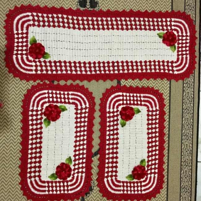 tapete para cozinha vermelho feito de croche 16