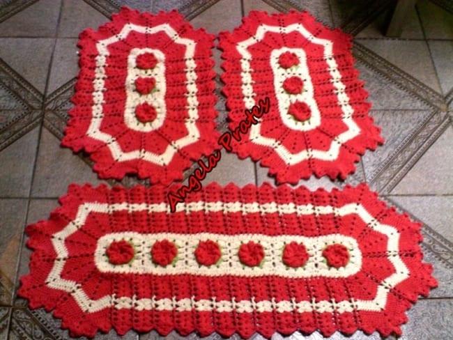 tapete para cozinha vermelho feito de croche 21