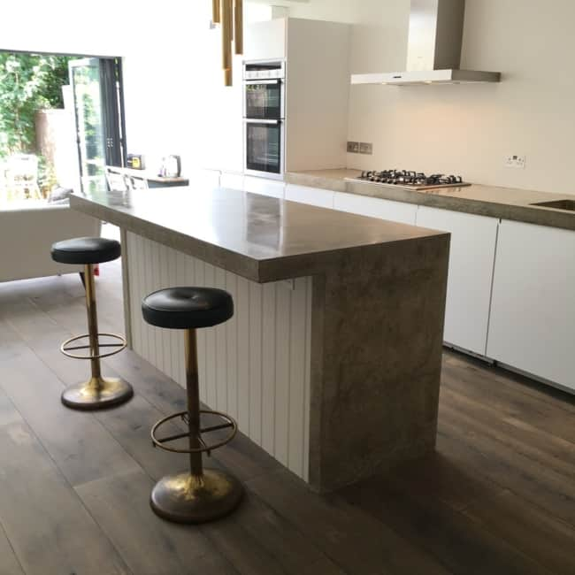 bancada de cozinha moderna em concreto polido
