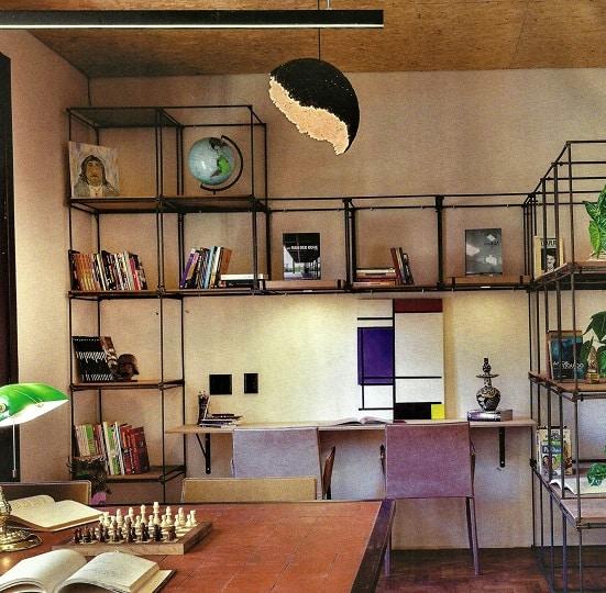home office com estante industrial