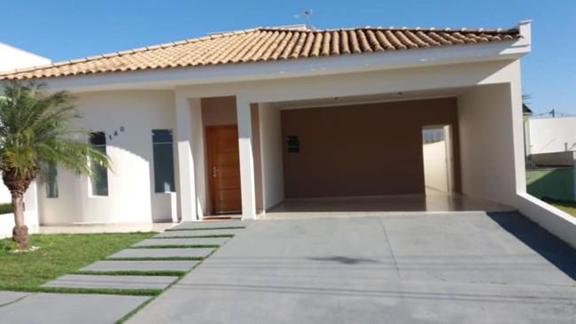 fachada de casa terrea com tinta algodao egipcio