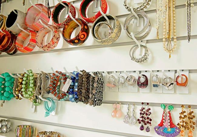 organizacao de loja de bijuterias