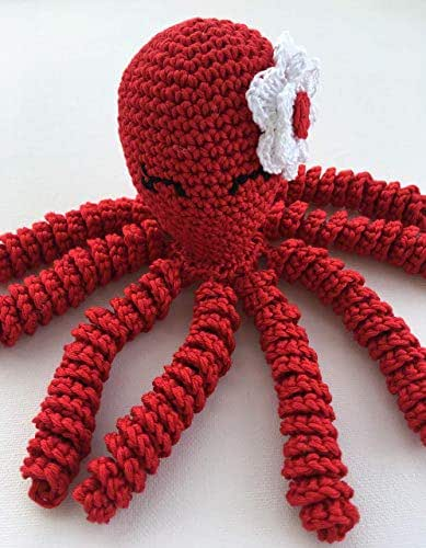 modelo de polvo de croche vermelho com flor