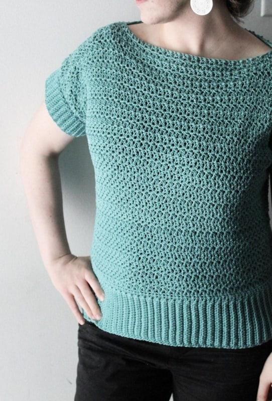 modelo de blusa de croche tunisiano