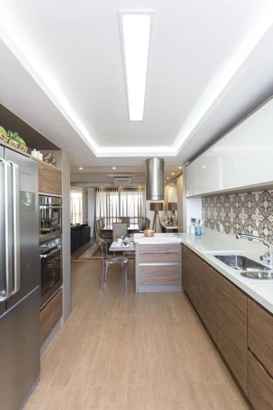 cozinha moderna com forro de gesso