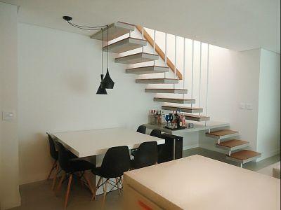escada moderna pre moldada em L