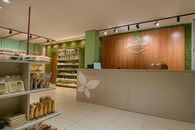 loja de produtos naturais com balcao grande