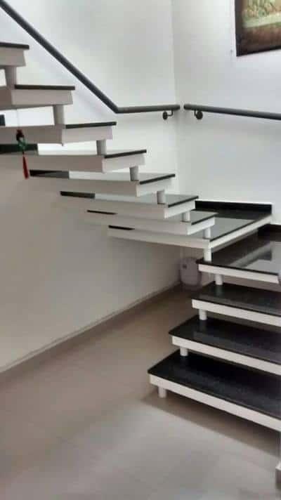 escada pre moldada em U com corrimao simples