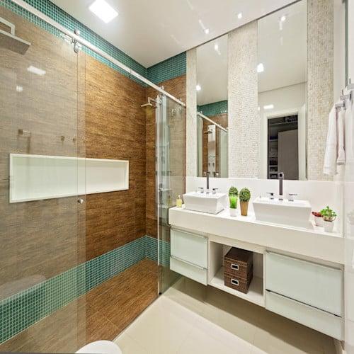 banheiro moderno com forro de gesso