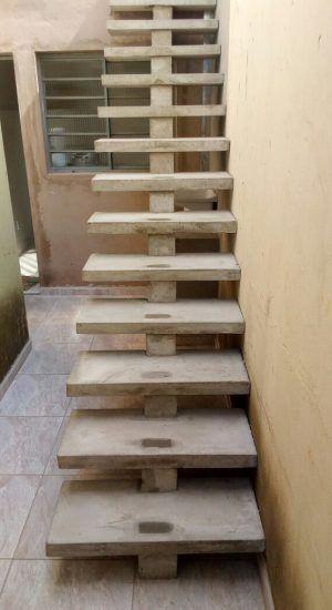 escada de concreto pre moldado reta