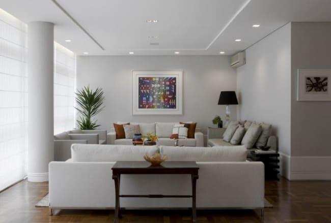 sala de estar com forro de gesso e luzes