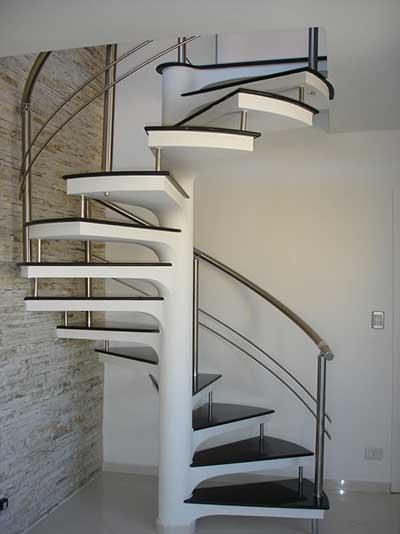 escada caracol pre moldada com corrimao em inox