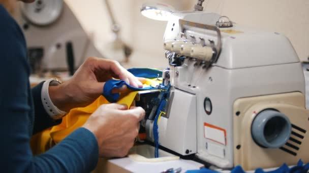 vantagens e desvantagens de confeccao de roupas