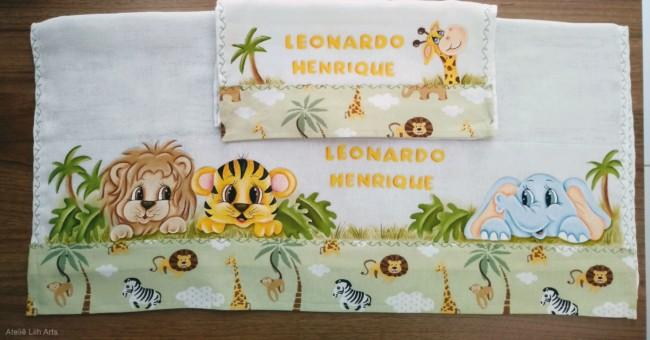 kit de fraldas de bebe com pintura safari
