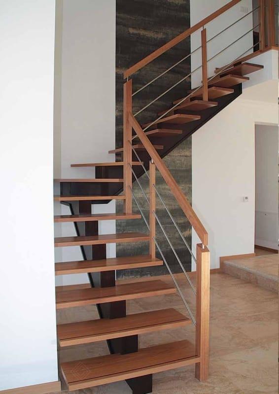 escada em L espinha de peixe