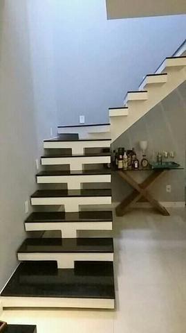 escada de alvenaria em L com viga central
