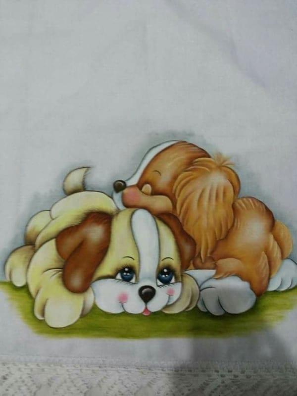 fralda com pintura de cachorrinhos
