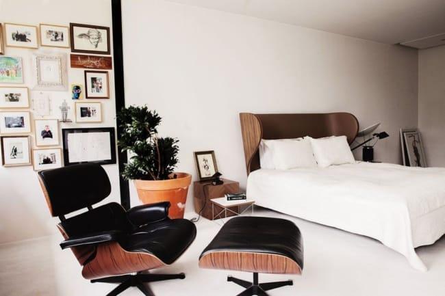 quarto com decoracao vintage e poltrona Charles Eames