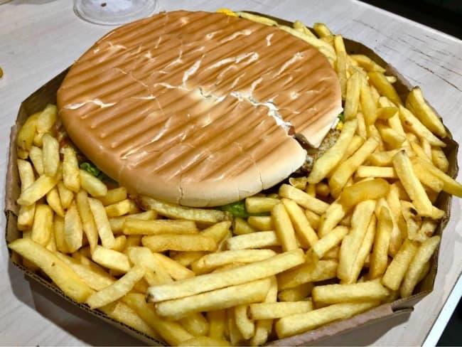 combo de lanche grande com batata frita