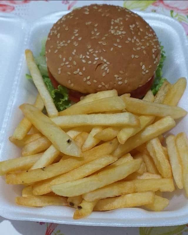 combo de lanche com batata frita para delivery
