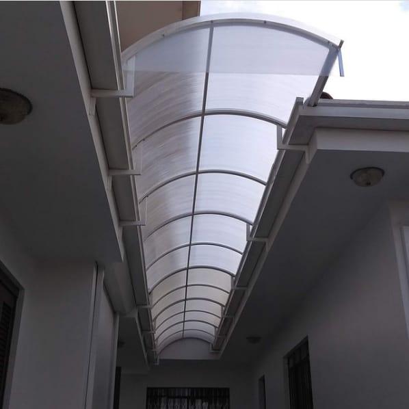 toldo tunel com policarbonato cristal