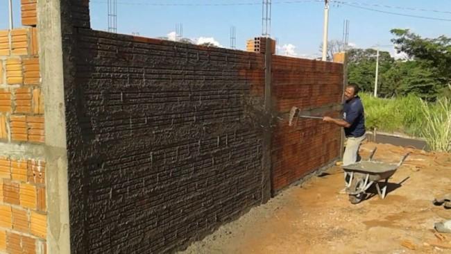 Aplicacao de chapisco na parede externa