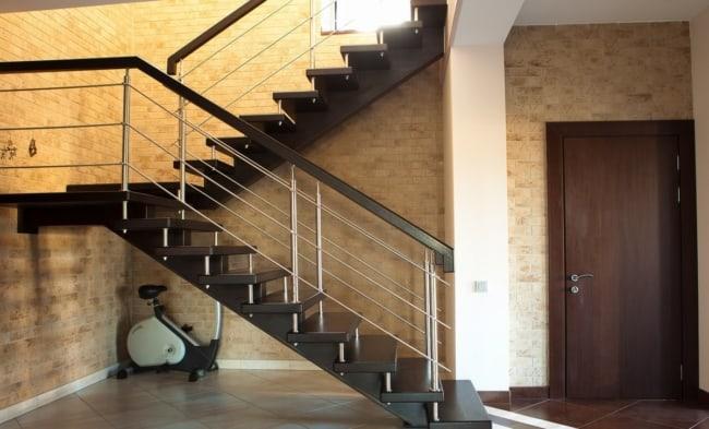 Escada em U no modelo classico