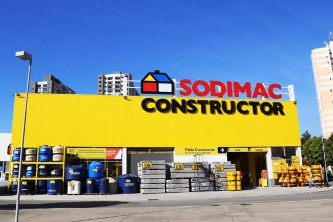 Fachada para loja de construcao de grande porte
