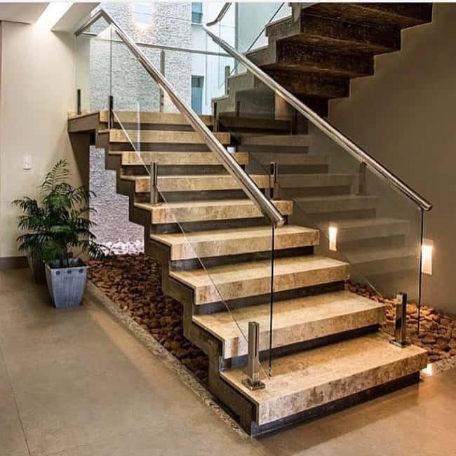 Modelo moderno de escada em U